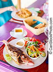 cotto ferri, pranzo, fish