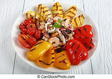 cotto ferri, primo piano, verdura, insalata frutti mare