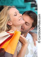 cou, elle, épouse, tendrement, baisers, homme