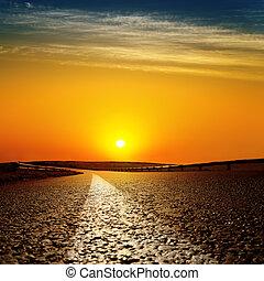 coucher soleil, asphaltez route, rouges