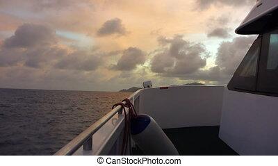 coucher soleil, bateau, seychelles, océan indien