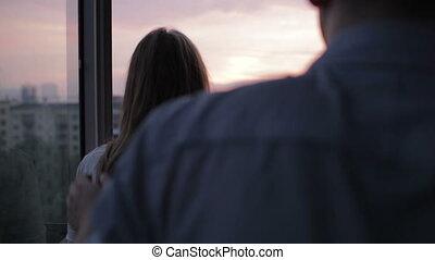 coucher soleil couples, jeune, balcon