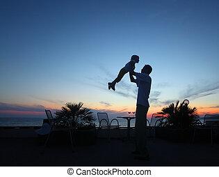 coucher soleil, enfant, silhouette, homme, mains