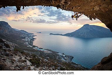 coucher soleil, grimpeur, femme, rocher