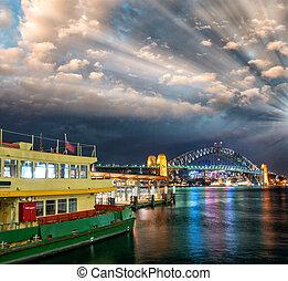 coucher soleil impressionnant, sur, port sydney, dans, hiver, saison