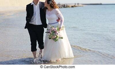 coucher soleil, marche, plage, amour, couple