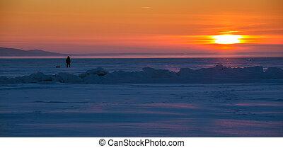 coucher soleil, rivière, pêcheur, glace