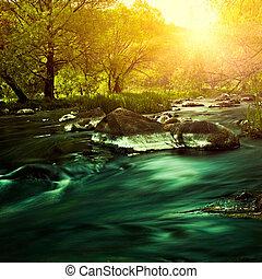 coucher soleil, sur, les, montagne, rivière, ambiant,...