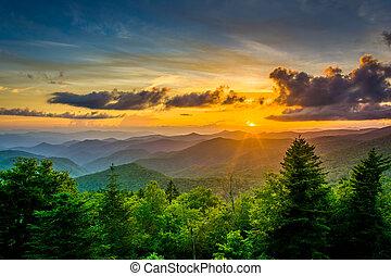 coucher soleil, sur, les, montagnes appalachiennes, depuis,...