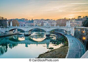 coucher soleil, sur, les, rivière tibre, dans, rome