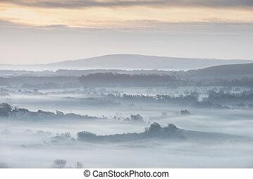 couches, brumeux, hiver, champs, abrutissant, par, paysage, anglaise, rouler, rural, levers de soleil