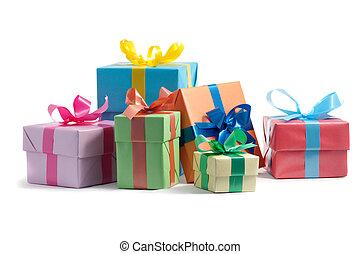 couleur, boîtes, fond blanc, cadeau