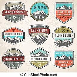 couleur, montagne, insignias, vecteur, grunge