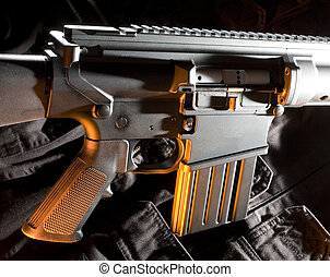 couleur orange, fusil