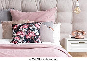 couleur, pastel, oreillers, chambre à coucher