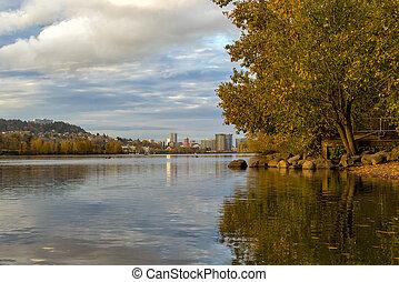 couleurs chute, à, sellwood, riverfront, parc