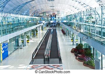 couloir départ, portail, aéroport, nouveau