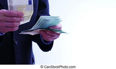Counting euro bills