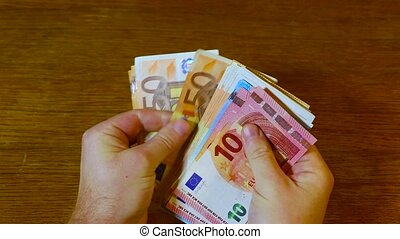 Counting money, Euro banknotes