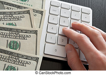 Counting money on computer calculator