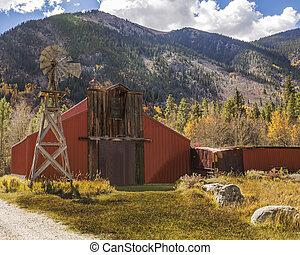 Country Barn In Colorado