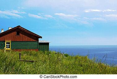 Country house - Old rustic house near lake Baikal