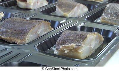 coupé, fish, chaîne montage