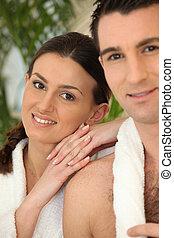 couple, à, a, spa