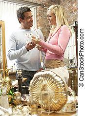 couple, achats, antiquités