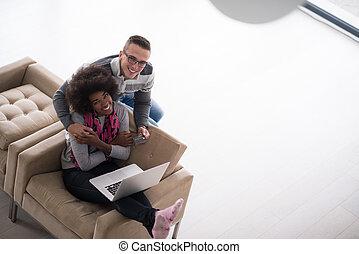 couple, achats, multiethnic, ligne