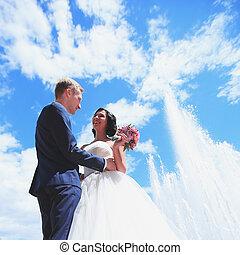 couple, aimer, jour ensoleillé, mariage