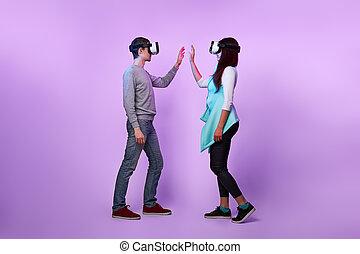 couple, amour, utilisation, réalité, communiquer, headset., virtuel