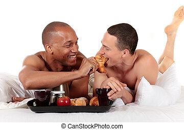 couple, appartenance ethnique mélangée, gay