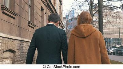 couple, après, achats, marche
