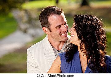 couple, baiser, heureux