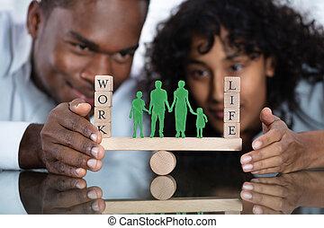 couple, bascule, protéger, équilibre, travail, vie