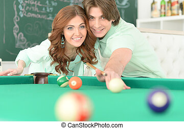 couple, billard, jeune, jouer