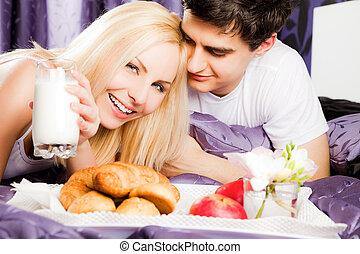 couple breakfast bed happy milk