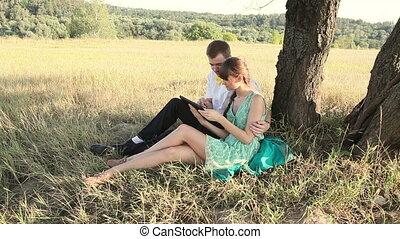 couple, brouter, jeune, internet