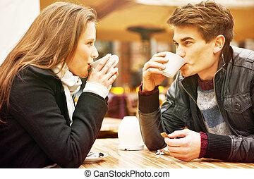 couple, café, boire, jeune