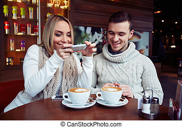 couple, café