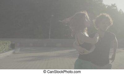 couple, carrée, jeune, danse
