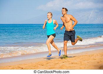 couple, courant, sur, plage