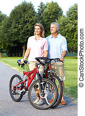 couple, cyclisme, personne agee