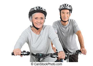 couple, cyclisme, personnes agées