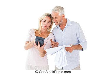 couple, dehors, inquiet, leur, fonctionnement, factures