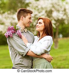 couple, extérieur, amour, jeune