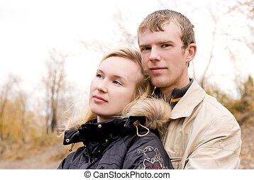 couple, extérieur, jeune