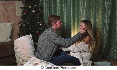 couple, femme, arbre, noël, homme