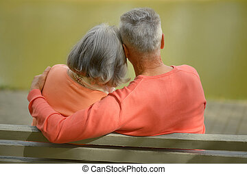 couple heureux, banc, personnes agées, séance